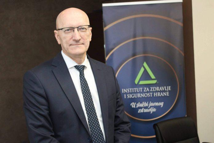 Foto: Almir Panjeta (Prim.dr. Senad Huseinagić - direktor INZ)