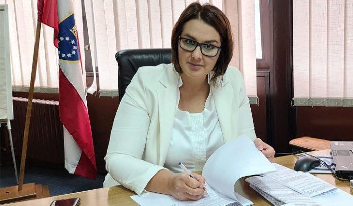 Azra Šabanović, ministrica za rad, socijalnu politiku i izbjeglice ZDK