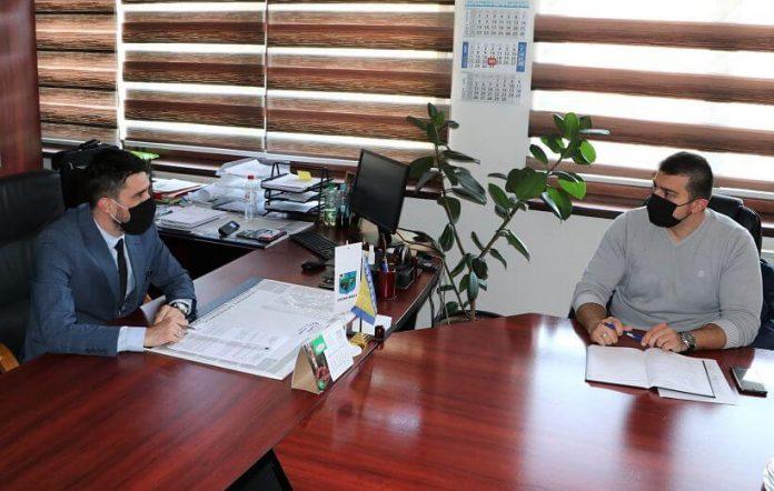Jusić i Kadrić potpisali Ugovor o realizaciji Programa obavljanja komunalnih usluga zajedničke komunalne potrošnje - Foto: breza.gov.ba